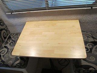 table 003.JPG
