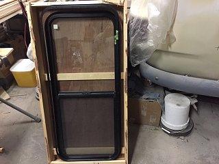 17-0101-Backglass-prep-01.jpg