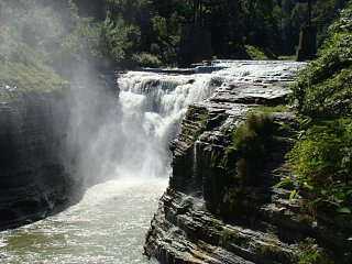 Click image for larger version  Name:MIddle_Falls.jpg Views:35 Size:229.4 KB ID:10283