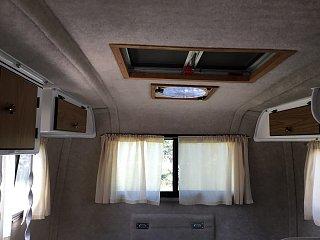 cabin-002.jpg