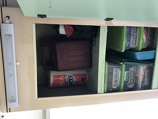 10 Closet shelves.jpg