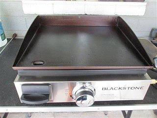 blackstone griddle 001 (Small).JPG