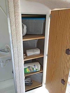 Casita closet.jpg
