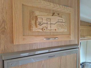 carving trailer001.jpg
