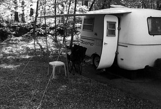 Click image for larger version  Name:02Scamp_in_the_Smokies.jpg Views:104 Size:69.3 KB ID:1204