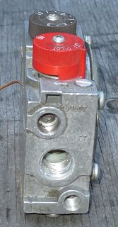 Disection - Gas Valve - 01 - Top.jpg