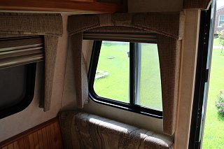 big dinette window.jpg