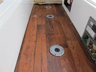 new flooring casita 001 (Small).JPG