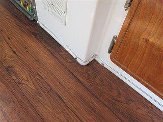 new flooring casita 002 (Small).JPG