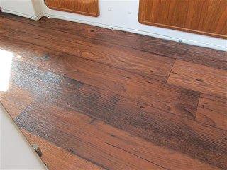 new flooring casita 007 (Small).JPG