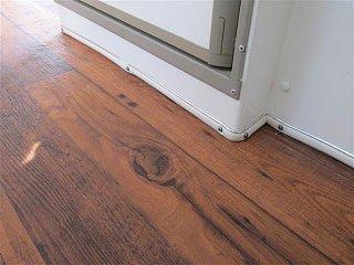 new flooring casita 003 (Small).JPG