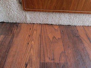 new flooring casita 008 (Small).JPG