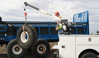Utiity truck crane.jpg