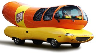 Click image for larger version  Name:Wienermobile.jpg Views:24 Size:42.9 KB ID:128408
