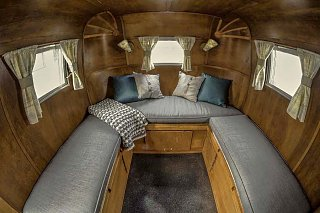 Click image for larger version  Name:Relic Interior.jpg Views:48 Size:68.8 KB ID:128508