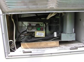 ScampRefrigeratorsm.jpg
