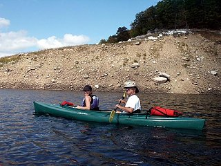 joe_mel_kayak_Large_e_mail_view.jpg