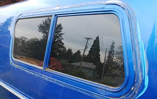 trailer_windows_006_copy.jpg