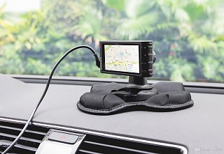 GPS Dash Mount.jpg