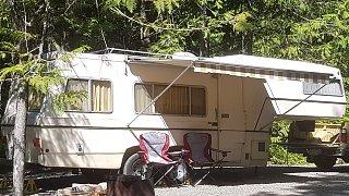 Carefree 5th wheel camping setup - resized.jpg