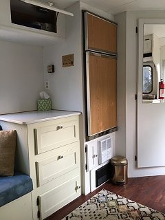 refrigerator closed.jpeg