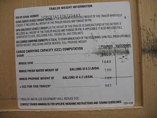 Click image for larger version  Name:chalet_trailer_weight_sticker.jpg Views:37 Size:30.4 KB ID:14599