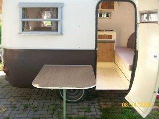 outside_table_mounted.jpg