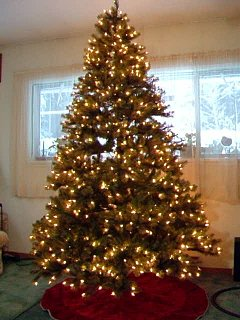 Click image for larger version  Name:Christmas_Tree.jpg Views:19 Size:109.8 KB ID:16446