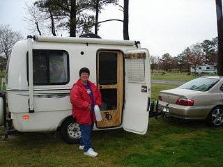 theresa_with_trailer.jpg