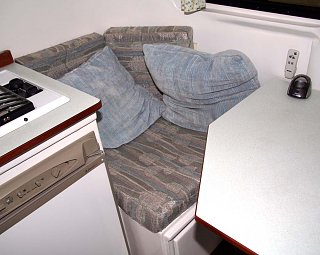 Trailer_seating.jpg