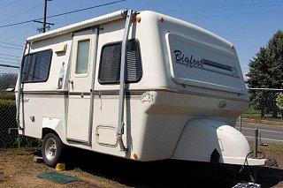 trailerhrez.jpg