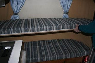 Click image for larger version  Name:Top_bunk.jpg Views:59 Size:42.4 KB ID:19146