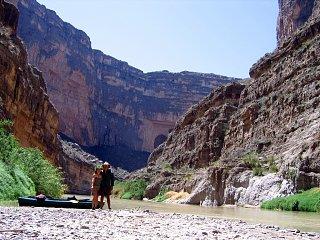 joe_mel_kayak_santa_elena_canyon.jpg