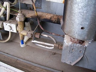 Click image for larger version  Name:gas_line_installed.jpg Views:184 Size:114.6 KB ID:19867