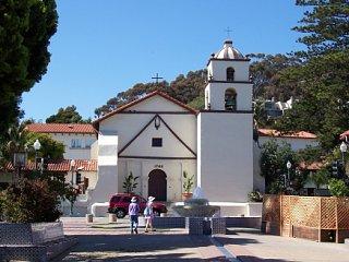 San_Buenaventura_Mission__Ventura_California_xsm.jpg