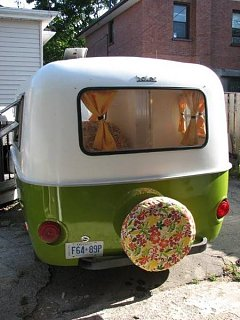 Click image for larger version  Name:two_tone_vw_green_flower_spare.jpg Views:133 Size:38.7 KB ID:23514