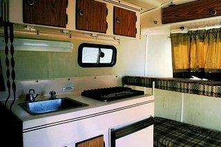 kitchen_bunks.JPG