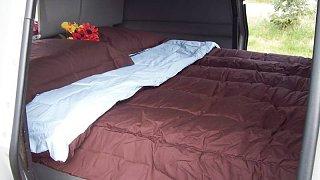 Interior_Bed.jpg