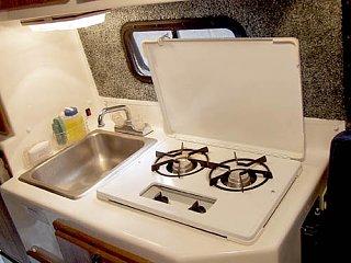Kitchen_stove_open.jpg