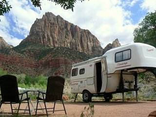 Click image for larger version  Name:Zion_Watchman_Campground.JPG Views:76 Size:109.8 KB ID:28760