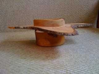 Click image for larger version  Name:Wood_Turning_photos_009.jpg Views:19 Size:57.9 KB ID:28927