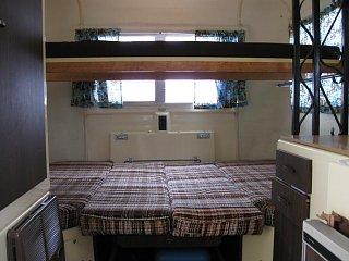trill 4500 bunk open.jpg