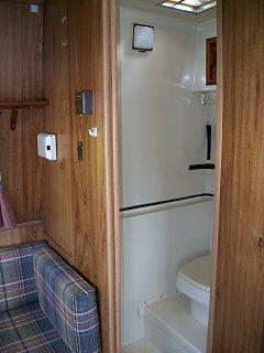 100_0520 bathroom.jpg