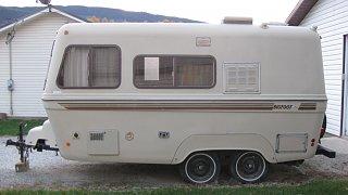 BC 1985 Bigfoot 19 Foot For Sale - Fiberglass RV