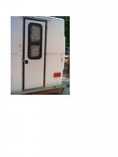 trailer_door_001.jpg