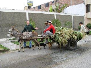 Click image for larger version  Name:Peru Mike&burro (Medium).jpg Views:28 Size:95.4 KB ID:35466