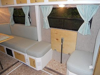 Click image for larger version  Name:2011-04-Interior-Bench-Table-Up.JPG Views:64 Size:44.3 KB ID:37178