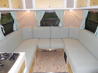 Click image for larger version  Name:2011-04-Interior-Rear-Seating-Full.JPG Views:55 Size:41.7 KB ID:37182