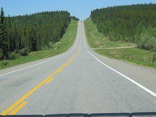 6-12-2006 Alaska highway just amazing better than CA roads.JPG