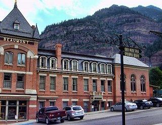 Click image for larger version  Name:Ouray Beaumont Hotel.jpg Views:33 Size:412.8 KB ID:38675